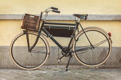 Fototapet Tappning cykel med trälåda