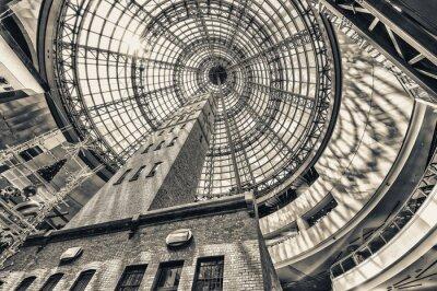 Fototapet Tittar upp bredvid skott tornet på välvda tak Melbourne cent
