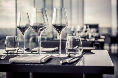 Fototapet Tomma glas i restaurangen
