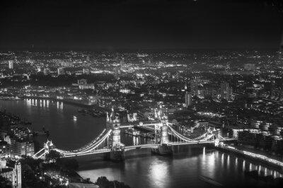 Fototapet Tower Bridge i night lights, London