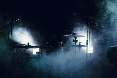 Fototapet Trumset i rök på en scen