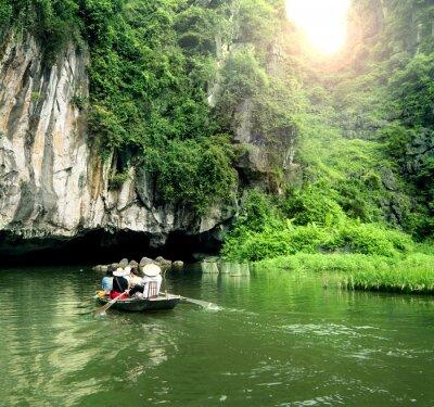 Fototapet Turist båt mest populära plats i Vietnam.