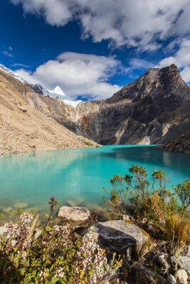 Fototapet Vackra bergslandskapet i Anderna, Peru, Cordiliera Blanca