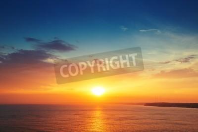 Fototapet Vackra Cloudscape över havet, solnedgången skott