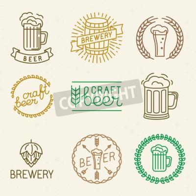 Fototapet Vektor hantverk öl och bryggeri logotyper och skyltar i trendiga linjär stil - mono line märken och emblem med text och bokstäver för öl hus, pubar och bryggeriföretag