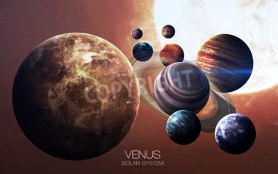Fototapet Venus - Högupplösta bilder visar planeter i solsystemet.