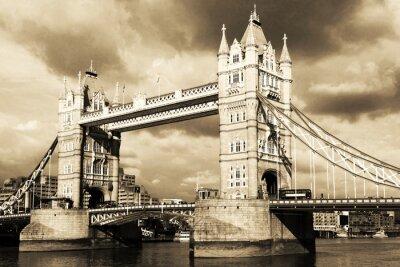 Fototapet Vintage utsikt över Tower Bridge, London. Sepia.