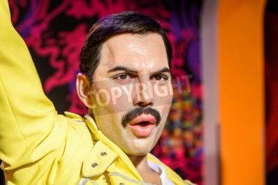 Fototapet Wien, Österrike - 8 augusti 2015: Freddie Mercury statyett På Madame Tussauds vaxkabinett.