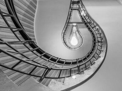 Väggdekor Abstrakt bild av en trappa som leder till en glödlampa som o