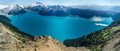 Väggdekor Alpine Lake och snötäckta berg
