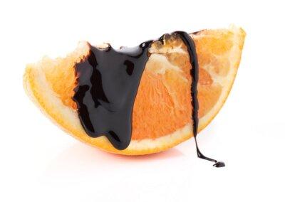 Väggdekor apelsinskivor med smält choklad trådar