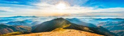 Väggdekor Bergslandskap vid solnedgången