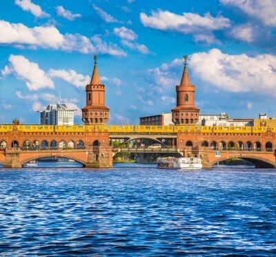 Väggdekor Berlin Oberbaumbrücke, Friedrichshain, Tyskland