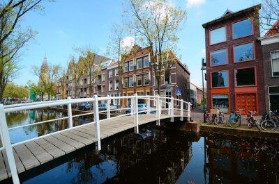 Väggdekor Bro över kanalerna i Delft, Nederländerna