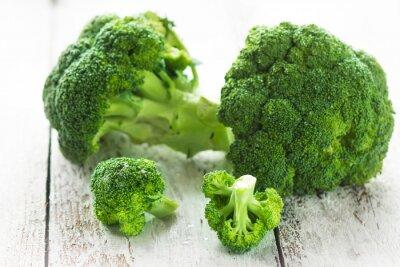 Väggdekor Broccoli på en vit trä bakgrund