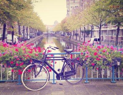 Väggdekor cykel på en bro