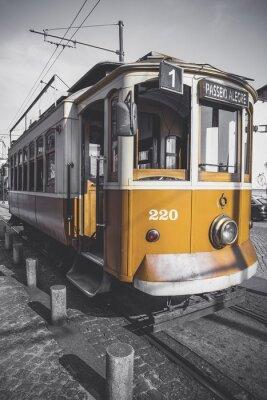 Väggdekor Desaturated bild av Porto vagnen med undantag för dess särskilda gul.