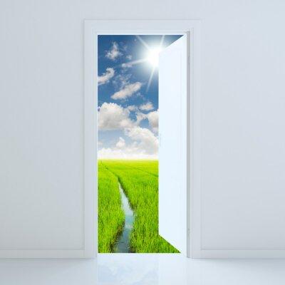 Väggdekor dörren öppen för skönhet gröna fältet