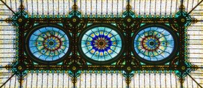 Väggdekor Färgglatt glasmålningstak i blommig art nouveau stil