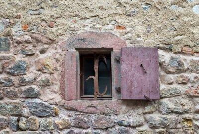 Väggdekor Franska fönster med slutna medeltids träluckor i