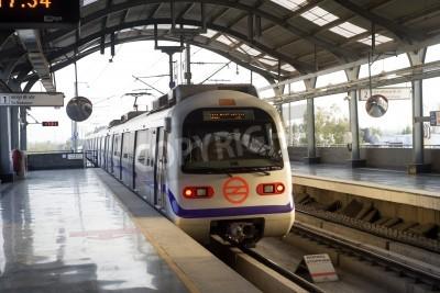 Väggdekor Indiska moderna tunnelbanetåget i Delhi