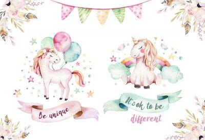Väggdekor Isolerad söt vattenfärg enhörning clipart. Nursery unicorns illustration. Trendigt rosa tecknadshäst.