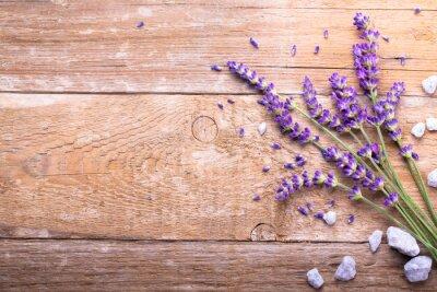 Väggdekor Lavendel på trä