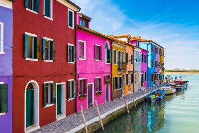Väggdekor Målade hus i Burano, i den venetianska lagunen, Italien.