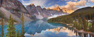 Väggdekor Moraine laken på soluppgången, Banff National Park, Kanada