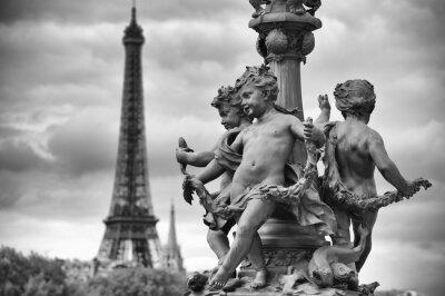 Väggdekor Paris Frankrike Eiffeltornet med Statyer av Cherubs