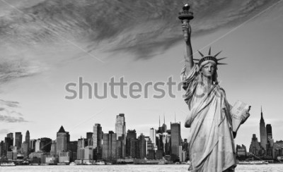 Väggdekor photo statue of liberty new york city black and white hi contrast. nyc new york city skyline over Manhattan cityscape midtown. statue of liberty over hudson river in new york city.