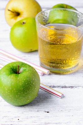 Väggdekor saft av grönt äpple