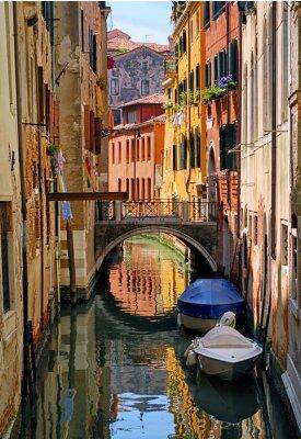 Väggdekor Smal kanal gata i Venedig, Italien