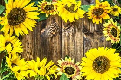 Väggdekor Solrosor på lantlig wood bakgrund. Blommor bakgrunder.