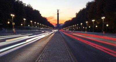 Väggdekor Strasse des 17. Juni i Berlin mit Siegessäule