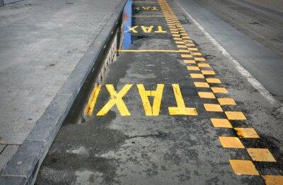 Väggdekor TAXI - skylt på vägen