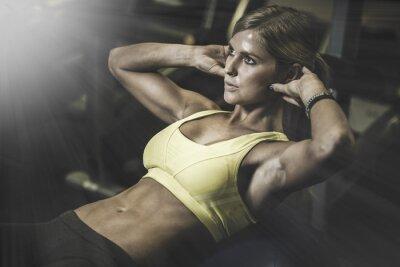 Väggdekor Ung fit kvinna excecising ingym