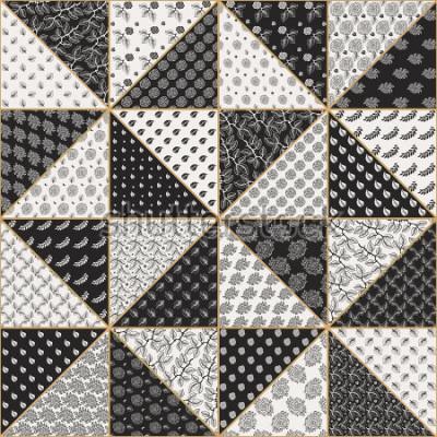 Väggdekor Vektor abstrakt sömlös patchwork mönster från svart och ljus beige trianglar med lacy blommiga ornament, stiliserade ros blommor och löv. Gyllene kontur tunna linjen. Textilutskrift. Batikfärg
