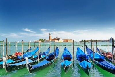 Väggdekor Vy över gondoler på den venetianska lagunen, Venedig, Italien